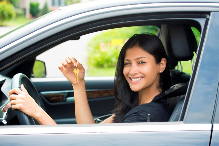 Leasing vs. Buying a Car: Pros and Cons