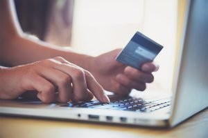 using a secured credit card